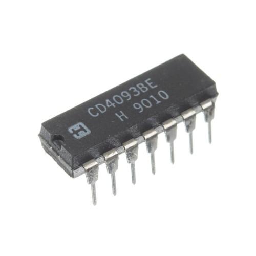 Микросхема 4093